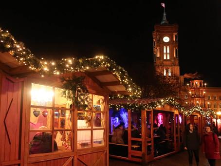 (ベルリンのクリスマスマーケット)赤の市庁舎のクリスマスマーケット