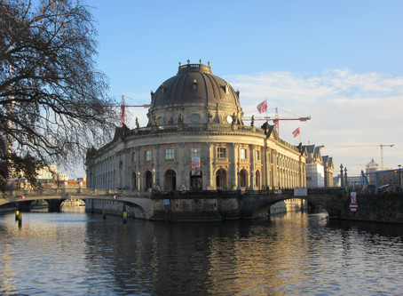 コロナウイルスの影響によりペルガモン博物館などベルリンの主要な文化施設が臨時休館となっています