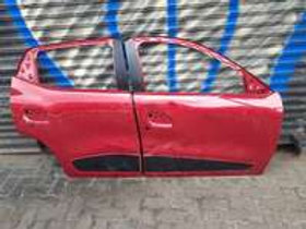 RENAULT KWID RIGHT DOORS AUTO PARTS ONLINE SA
