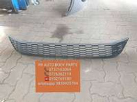 vw polo 6 cross front grill AUTO PARTS ONLINE SA
