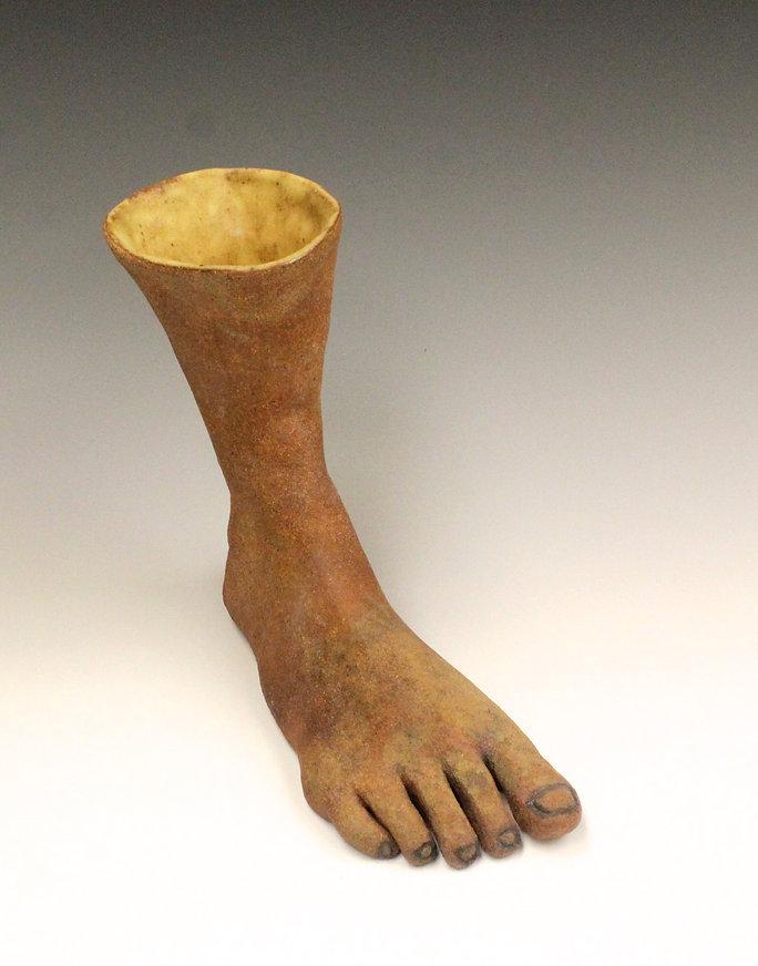 susi lopera sculpture, susi lopera art, susi lopera, surrealist art, ceramic sculpture, foot art, weird clay cup, weird ceramic cup, foot sculpture, feet cup,