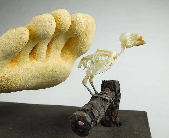 lopera art, susi lopera, surrealist art, ceramic sculpture, figurative ceramic art, foot sculpture, foot art, bird art, bird skeleton, bird skeleton art, bones art, bird skeleton art, bird bones art, bones art, bones sculpture