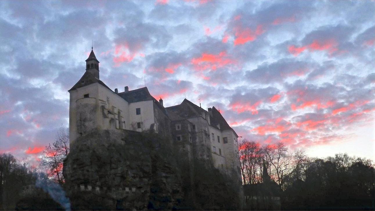 Schloss%20Raabs%20bei%20Nacht%201_edited