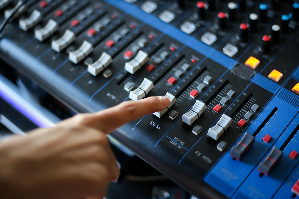 How to Become a Recording Engineer