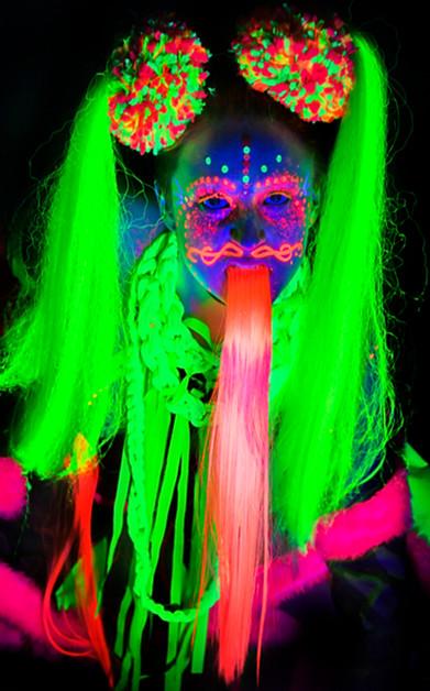 Neon Art April 17-9014.jpg