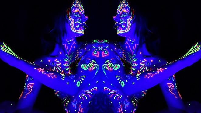 Henna Dreamz double 1.mov