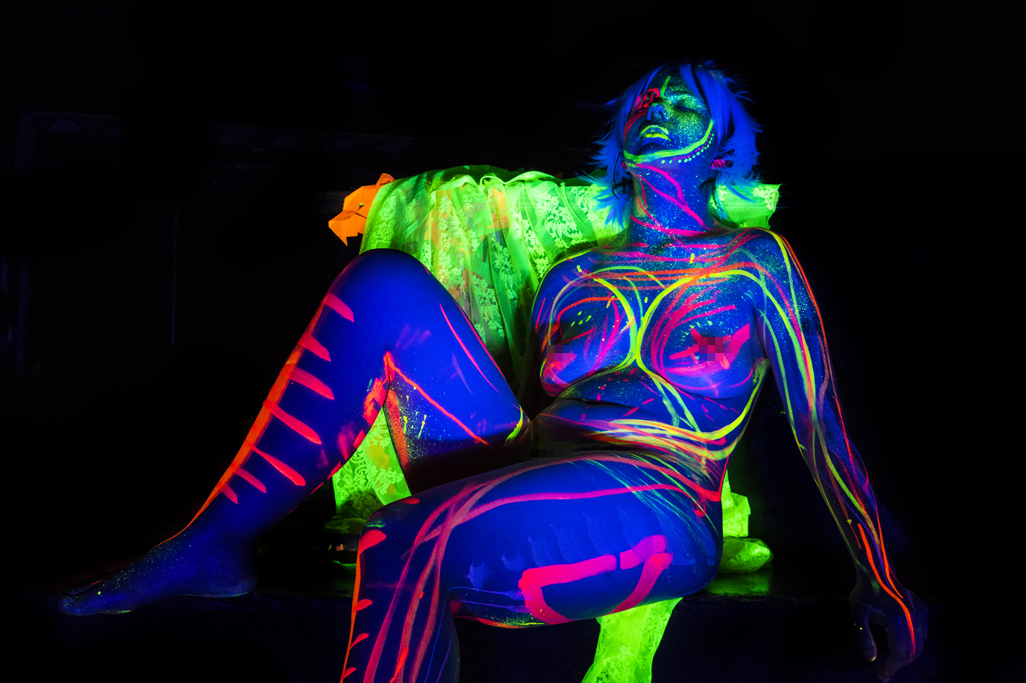 Jess modelling for Neon Naked.