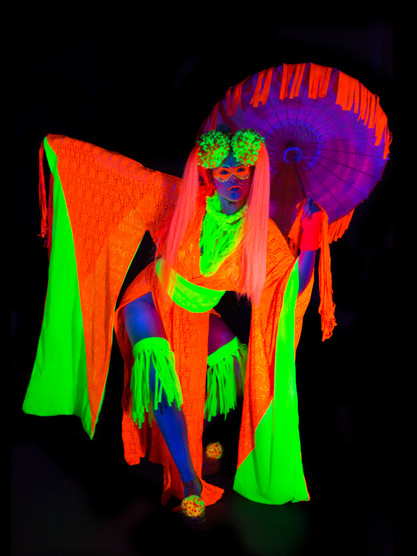 Neon Art April 17-8258.jpg