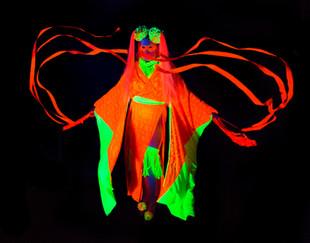 Neon Art April 17-8460.jpg