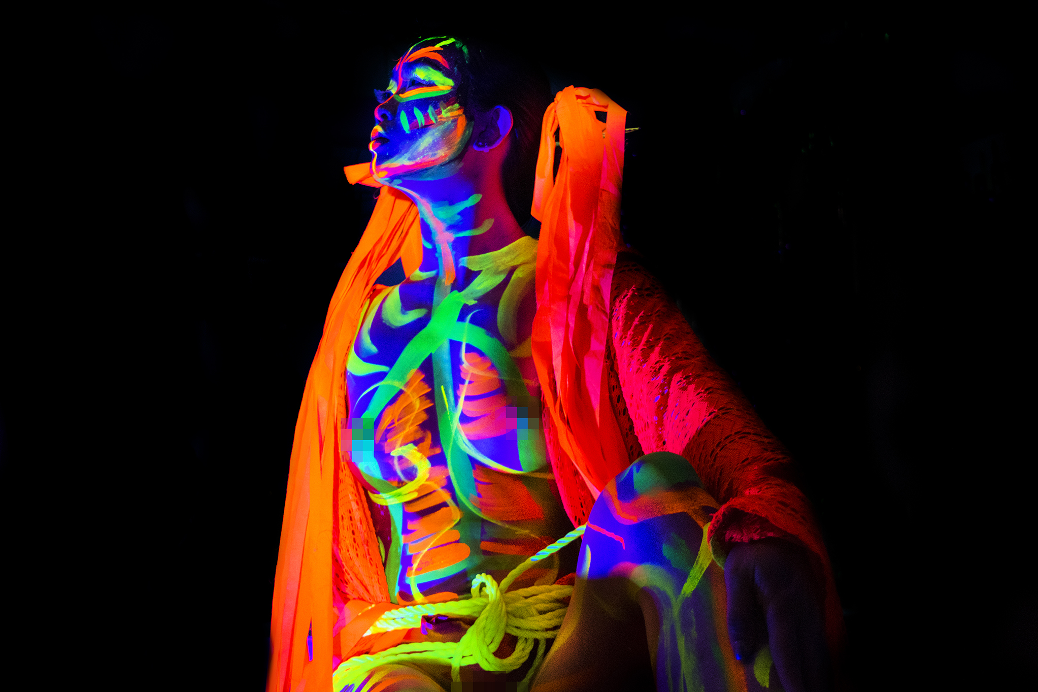 Michelle modelling for Neon Naked.