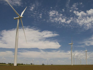 Defense spreads the blame for failed wind energy project
