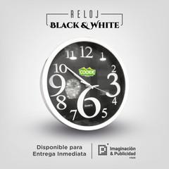 Reloj Black and White