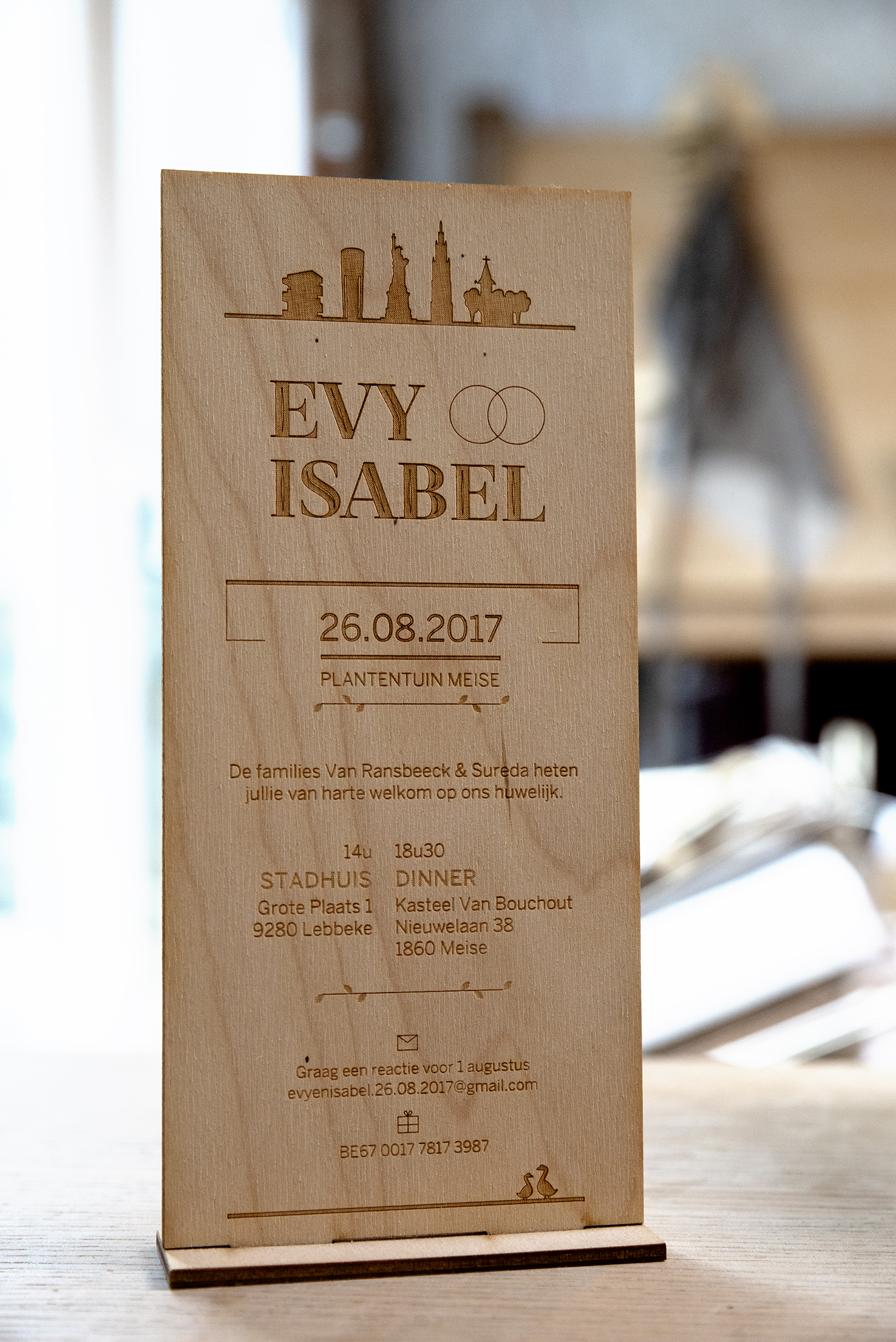 houten trouwkaart