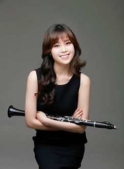 Yoonah Kim.jpg