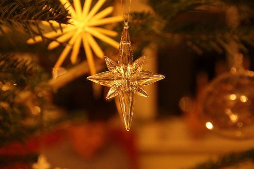 christmas-3061702_1280.jpg