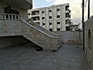 شقه للبيع الحي الجنوبي فوق مسجد عليا التل بسعر مغري