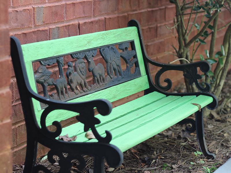 portfolio-green-bench-800x600