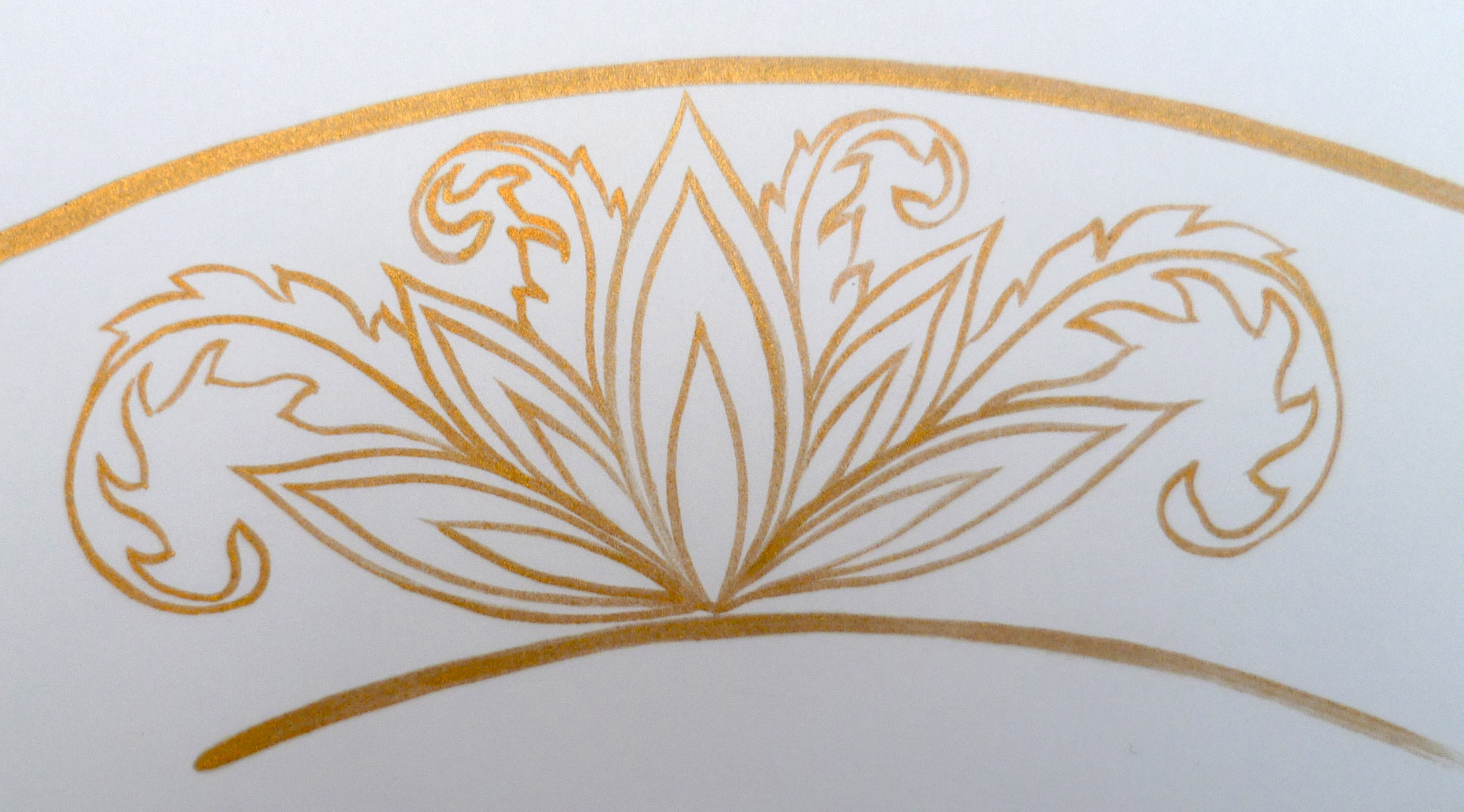 gold design for a plate