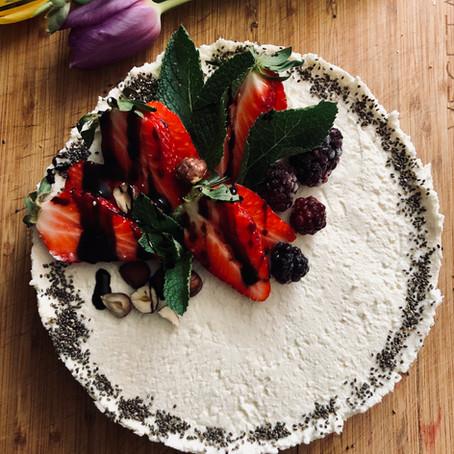 Creamy cake of lightness