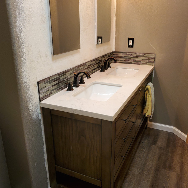 Floor, Vanity, Backsplash Recessed Mirro