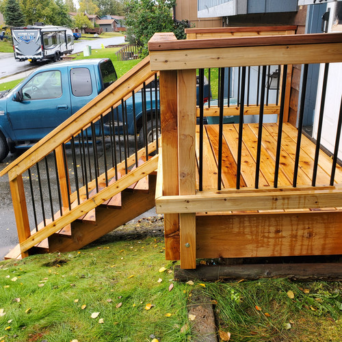 7x4 Cedar Deck with Angled Stairs Side V