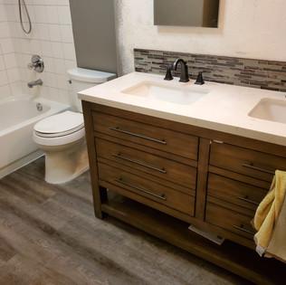 Floor, Vanity, Backsplash Recessed Mirro
