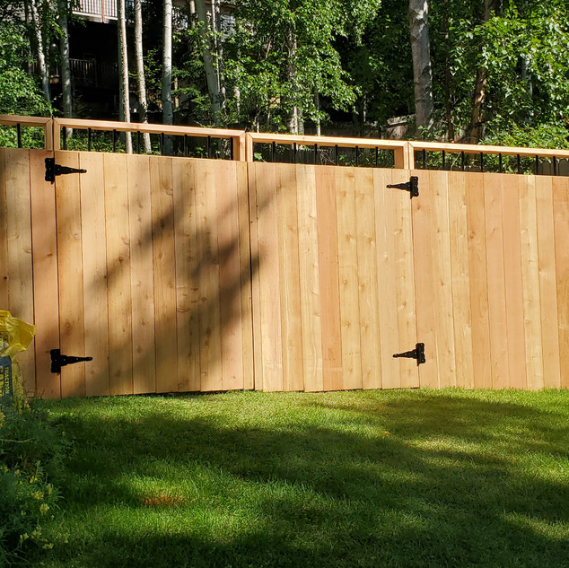 Front of Cedar Fence with Gate..jpg