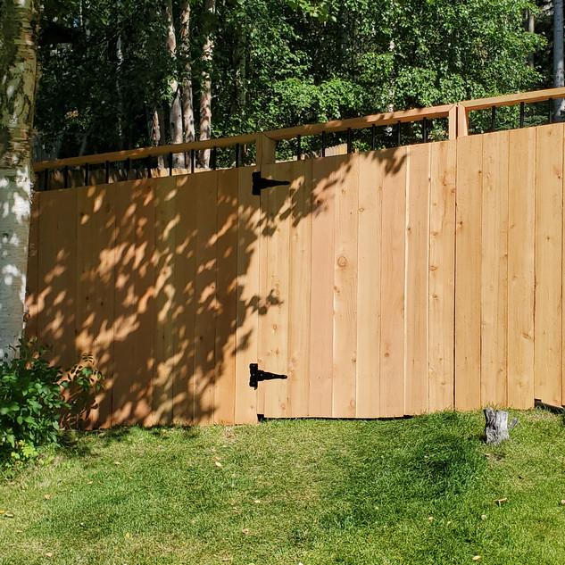 Front of Cedar Fence with Gate.jpg