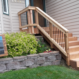 Small Front Landing with Stairs Angle 4