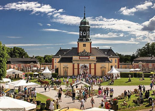 Ledreborg Slot-1.jpg