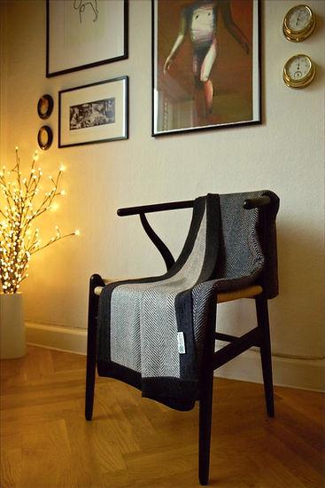 HYGGE XL Herringbone Cashmere Blanket- I