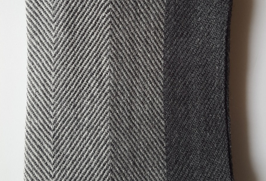 4 SHADES Natural unisex woollen muffler- grey edition