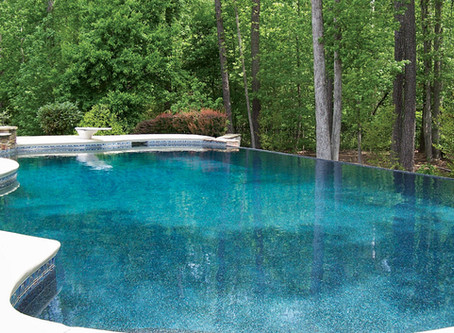 5 TIPS FOR MAINTAINING A HEALTHY POOL