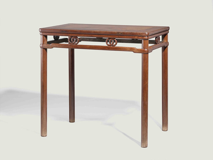 Round-Leg Bamboo-Style Side Table