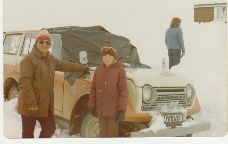 1977 Junior Ski Week organisor Trevor Wildbore & son Brett