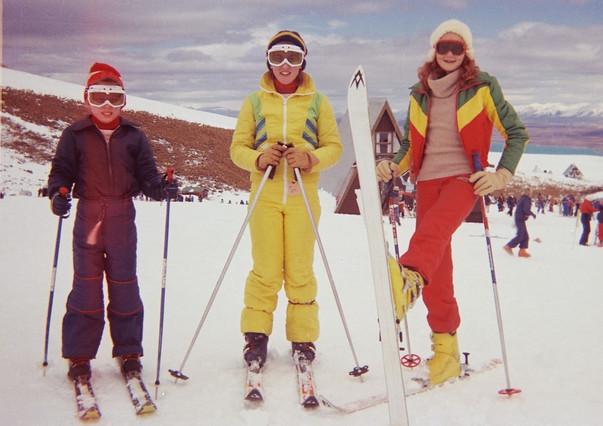 Johnny, Victoria & Genny
