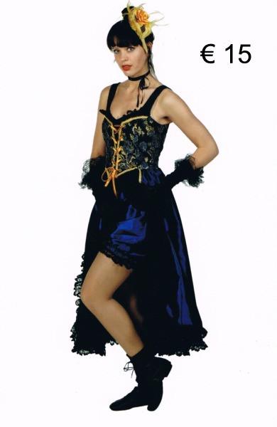 Saloon girl met broekje def.jpg
