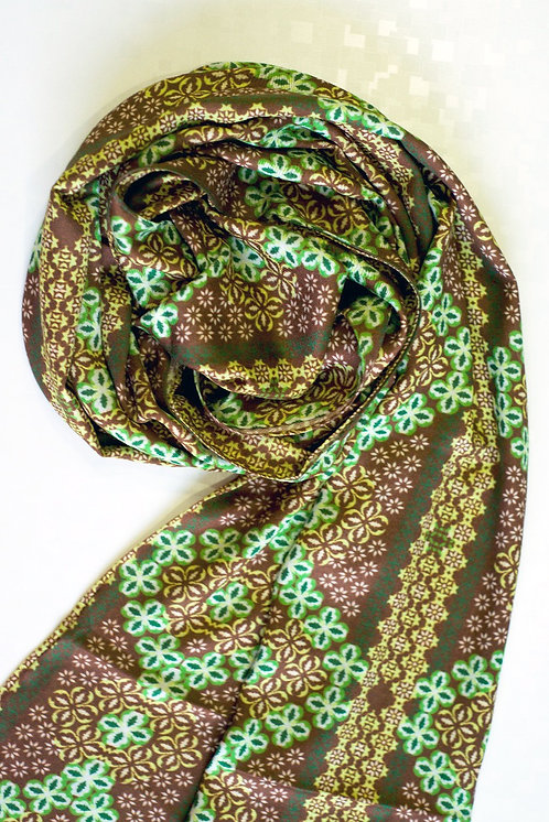 103/1 - Printed viscose scarf