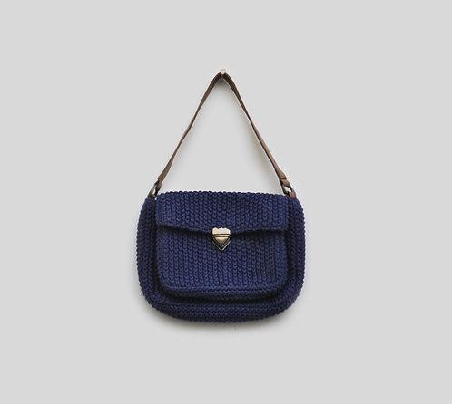 310/1 - Crochet bag