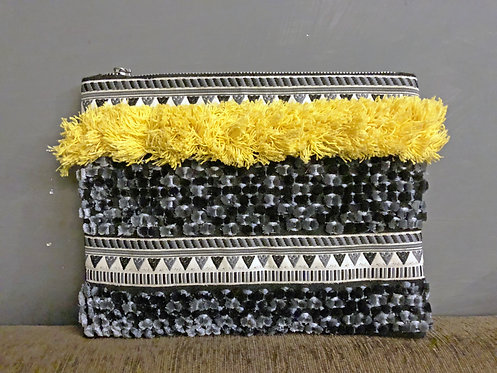 309/1 - Embroidered pouch bag