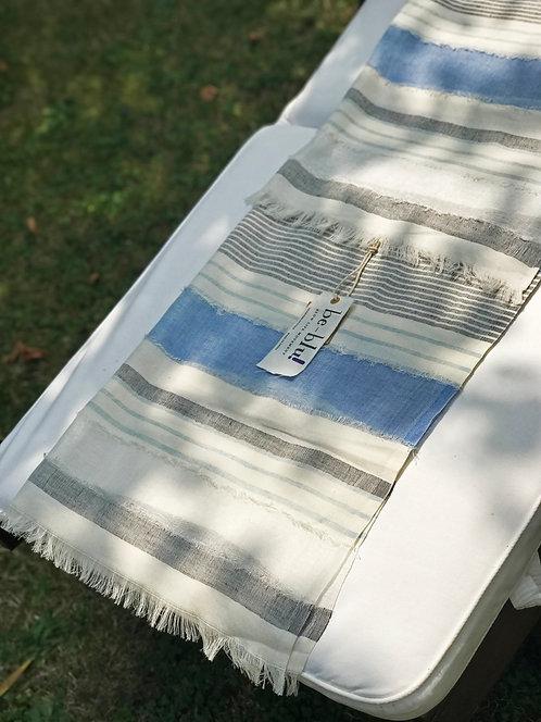 116/1 - Linen scarf