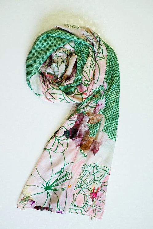 102/2 - Printed viscose scarf