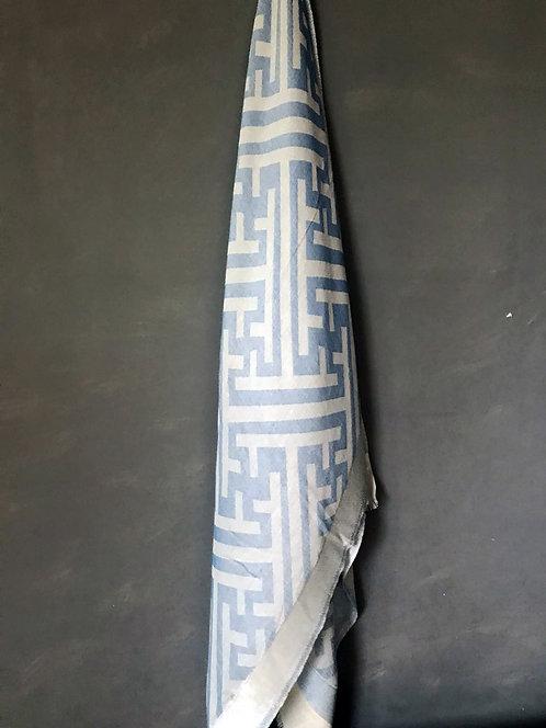 114/3 - Geometric scarf
