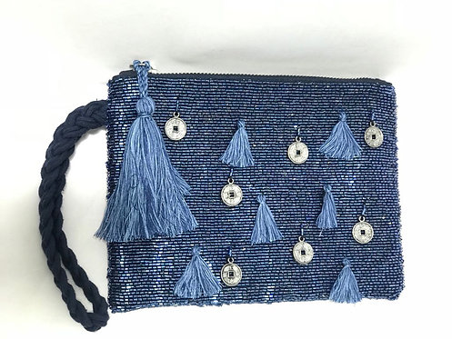 305/1 - Embroidered pouch bag