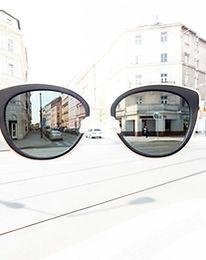 naše-služby-sluneční-brýle-1-of-1-1-1024