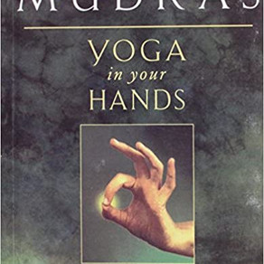 Book Review #32: MUDRAS Yoga in your Hands