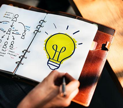composition_creativity_hand_ideas_light_