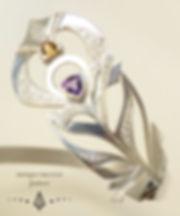 bracelet plume details logo.jpg