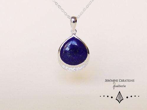 Lapis Lazuli accompagné de cubics