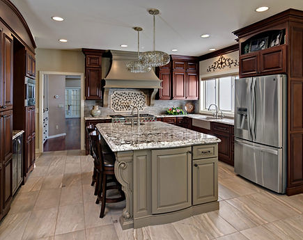 Traditional-Cherry-Cabinets-with-Medium-